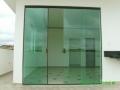 portas-de-vidro-para-sala-13